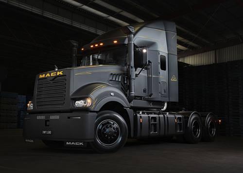 Mack Black Super-Liner