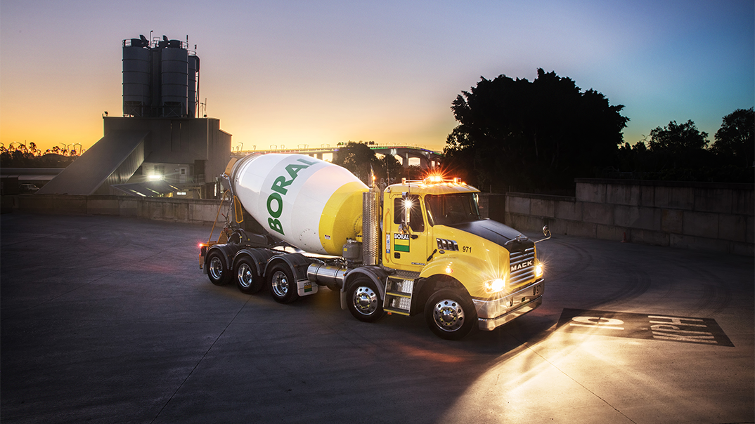 Mack Trucks Australia - Boral Metro-Liner Agitator
