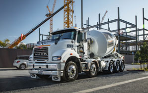 JR Dondalson - Mack Trucks Metro-Liner Reviewed