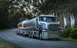 Mack Trucks Australia - Super-Liner